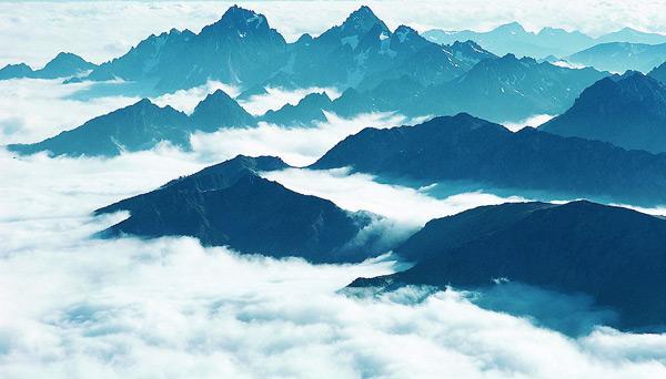 山峰云雾-自然风景高清图库-名片之家
